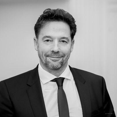 David Coombes MBA FCILT FCMI